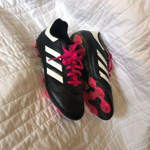 Sz 5 Girls Adidas Pink & White Soccer Cleats
